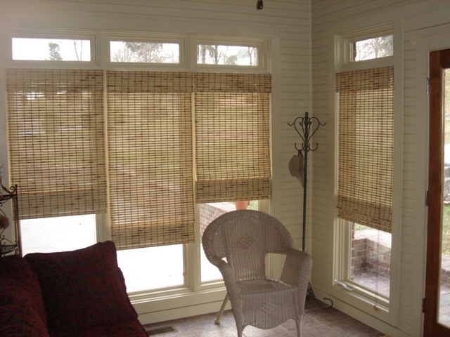 Photo of shades, find woven wood shades in Brentwood, TN, Nashville and Franklin, TN at Blinds & Designs, we carry roller shades and roman shades too!